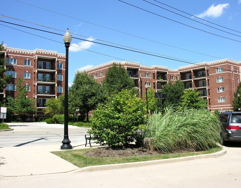 Housing-Wheaton